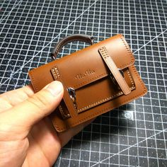 CF 촬영용 미니어처 브리프케이스 #주문 #제작 #미니 #미니어처 #브리프케이스 #작은 #귀엽다 #mini #miniature #briefcase #촬영 #소품 #handle #손잡이 #cf #광고 #