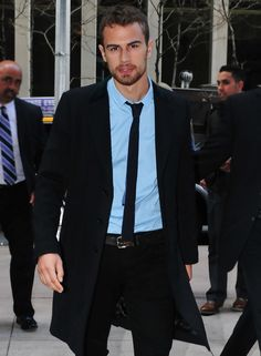British actor Theo James wears a Dolce&Gabbana suit, looking sharp while out and about