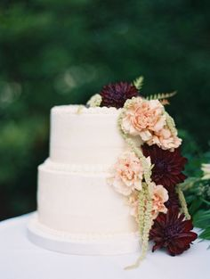 Remarkable Wedding Cake How To Pick The Best One Ideas. Beauteous Finished Wedding Cake How To Pick The Best One Ideas. Burgundy Wedding Cake, Pink Wedding Theme, Black Tie Wedding, Fall Wedding, Dream Wedding, Wedding Decor, Black Weddings, Winter Weddings, Country Weddings