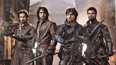 Musketöörit eli Aramis (Santiago Cabrera), D'Artagnan (Luke Pasqualino), Athos (Tom Burke) ja Porthos (Howard Charles).