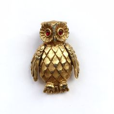 Vintage Gold Owl Brooch by VintageOwlPins on Etsy