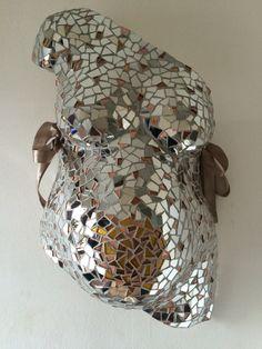 @mijnwonder.nl Gipsbuik mozaïek brons en spiegel
