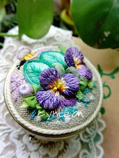 stumpwork embroidery | Flickr - Photo Sharing!