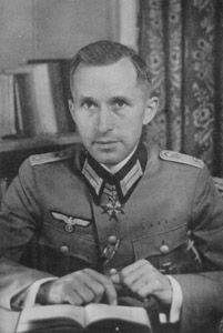 Ernest Jünger. Escritor, filósofo, novelista, militar e historiador alemán.