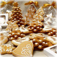 Karácsonyi mézeskalács csomagok Cookie Jars, Gingerbread Cookies, Xmas, Creative, Diy, Advent, Food, Recipe, Gingerbread Cupcakes