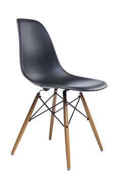 Eames Plastic Side Chair DSW von Vitra