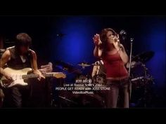 """Jeff Beck with Joss Stone - """"People Get Ready"""" live at Ronnie Scott's Jazz Club, London"""