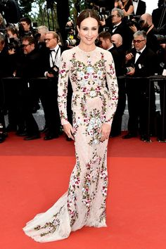 The 2016 Cannes Red Carpet's Best-Dressed Celebrities - Elsa Zylberstein