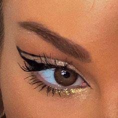 Brown Eyes Makeup 611363718151304403 - Brown eyes and amazing eyeliner Eye Makeup Art, Cute Makeup, Pretty Makeup, Simple Makeup, Skin Makeup, Natural Makeup, Beauty Makeup, Makeup Goals, Makeup Inspo