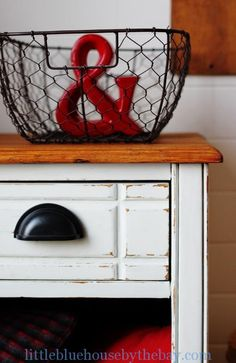 Farmhouse White Cabinet   Miss Mustard Seeds Milk PaintMiss Mustard Seeds Milk Paint