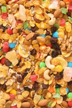 #DIY #Halloween trail mix: Open bags of little candies and make your own trail mix by adding pretzels, nuts, and dried fruit.