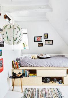 Lav en hjemmebygget seng med opbevaring