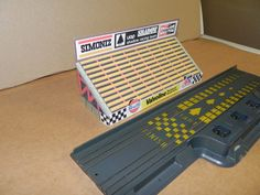 :: AFX Slotted Car Papercraft