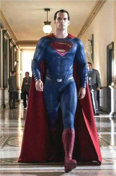 Henry Cavill as Superman in Dawn of Justice Más Henry Cavill Superman, Batman Vs Superman, Superman Movies, Superman Family, Superman Man Of Steel, Dc Movies, Young Henry Cavill, Superman Cosplay, Spiderman