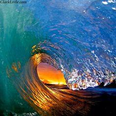 Grandiosa ola  Hawaiana