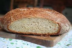 Batterway Whole Wheat Bread from RED STAR Yeast. no knead recipe. rising time 30 mins twice. uses 2 cups whole wheat and 4 cups bread flour. Multigrain Bread Recipe, Wheat Bread Recipe, Bread Bun, Bread Rolls, Cooking Bread, Bread Baking, 100 Whole Wheat Bread, Healthy Bread Recipes, Healthy Breads