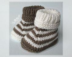 Chaussons à rayures en coton bio écru et marron : Mode Bébé par natharose