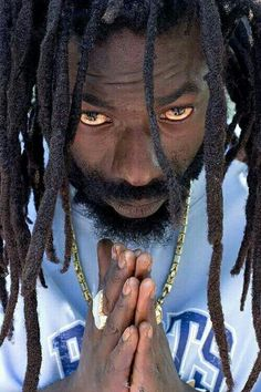 Reggae/dancehall icon Buju Banton is celebrating his birthday today (July behind bars. Buju Banton, born Anthony Myrie on 15 of July rose Jamaica People, Reggae Rasta, Black Music Artists, Calypso Music, Buju Banton, Famous Legends, Jah Rastafari, Dancehall Reggae, Reggae Artists
