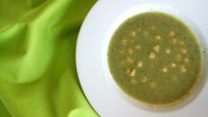 Brokolicová polievka s cícerom
