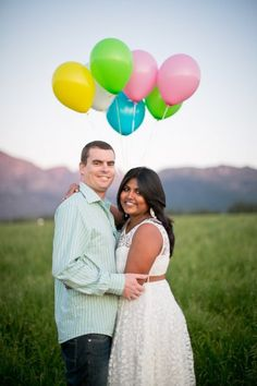 Whimsical Balloon-Themed Engagement Photo Shoot - Take a look at this sweet couple's Whimsical and Balloon-themed engagement photo shoot for some FUN photo shoot inspiration, yay! Themed Engagement Photos, Engagement Couple, Engagement Shoots, Couple Photography, Engagement Photography, Wedding Photography, Photography Ideas, Photoshoot Themes, Photoshoot Inspiration