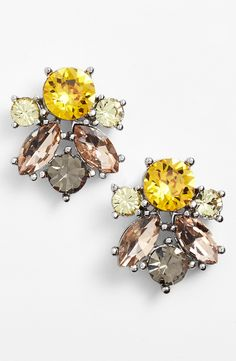 Dazzling sunflower crystal cluster earrings.