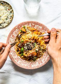 Food L, Food Porn, Tasty, Yummy Food, Lasagna, Chili, Dinner, Ethnic Recipes, Koi