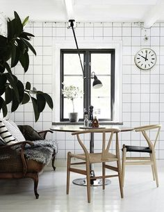 Designed in 1949, the Hans Wegner Wishbone chair is such a design icon. I always fall for this sleek and rounded beauty in the summertime especially ...