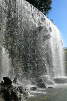 Man-made Waterfall at Parc de la Colline du Chateau