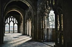 Find images and videos about harry potter, architecture and hogwarts on We Heart It - the app to get lost in what you love. Slytherin Aesthetic, Harry Potter Aesthetic, Loki Aesthetic, Abandoned Castles, Abandoned Places, Half Elf, Luna Lovegood, Gothic Architecture, Architecture Wallpaper