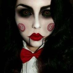 Makeup for Halloween can save the day when your costume is not ready at all and the holiday is knocking on your door. We suggest you to look at these few easy makeup ideas to make your Halloween unforgettable. Jigsaw Halloween, Halloween Make Up, Halloween Ideas, Halloween 2015, Halloween Party, Pretty Halloween, Halloween Activities, Amazing Halloween Makeup, Halloween Face Makeup