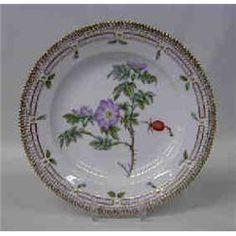 "Flora Danica Prices | SET OF EIGHT ROYAL COPENHAGEN ""FLORA DANICA"" PORCELAIN DINNER PLATES"