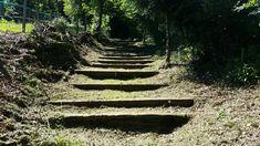 Ancien chemin de croix pour la Colline Notre-Dame du Haut -villages au coeur des Vosges du Sud - @ronchamptourisme