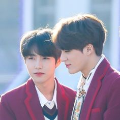 We are created to be attached to each other, Renjun. Cute Boys, My Boys, Neo News, The Big Hit, Huang Renjun, Jeno Nct, Dream Chaser, Korean Couple, Taeyong
