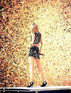 How to take back control of your image like Taylor Swift