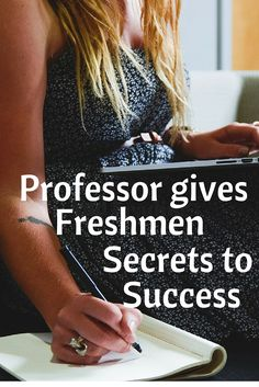 Professor Offers Best Advice for College Freshmen 10 Things Every Freshman Needs to Know. – College Scholarships Tips College Freshman Tips, College Success, College Planning, Scholarships For College, College Hacks, College Students, Freshman Year, Academic Success, Studying In College