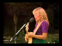 Joni Mitchell::Shadows and Light/Full Concert (1980). Introduction•  1:58 In France They Kiss on Main Street•6:07 Edith and the Kingpin•10:18 Coyote•15:12 Free Man in Paris•18:42 Goodbye Pork Pie Hat•24:36 Jaco's Solo:The High and the Mighty/Third Stone from the Sun •28:41 The Dry Cleaner from Des Moines•33:04 Amelia•39:45 Pat's Solo •42:46 Hejira• 50:04 Black Crow•54:01 Furry Sings the Blues•59:37 Raised on Robbery• 1:02 Band Intro• 1:04 Why Do Fools Fall in Love•1:06 Shadows and Light