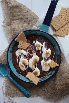 S'mores Skillet Chocolate Dip - www.countrycleaver.com Try this easy, three ingredient s'mores skillet treat when you can't get to a campfir...