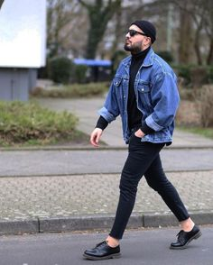 42 Cozy Men's Street Style Idea is part of Mens fashion casual - Produce your own signature look and make sure it remains fashionable A very good fall inspired outfit Dedicating time to […] Casual Outfits, Men Casual, Fashion Outfits, Fashion Trends, Stage Outfits, Kpop Outfits, Casual Wear, Fitness Outfits, Black Outfits