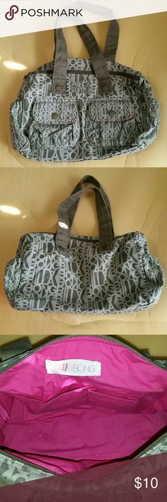Billabong canvas purse Canvas material, clean, only use 1 or 2 times, super comfy to carry and large inside. Billabong Bags Satchels