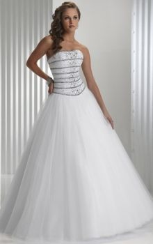 White Ball Gown Strapless Natural Long/Floor-length Sleeveless Tulle Lace-up Prom Dresses Dress