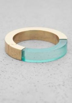 AND OTHER STORIES   SEMI TRANSPARENT RING   TURQUOISE LIGHT