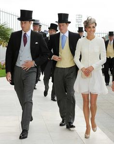I want men and women to dress like this in the US