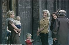 Incredible pictures from the 1960s capture the last days of the slums #dailymail