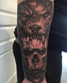Wolf and skull tattoo by: @george_chronicink