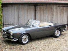 Best classic cars and more! Alfa Romeo Spider, Alfa Romeo Cars, Classic Sports Cars, Best Classic Cars, Vintage Cars, Antique Cars, Convertible, Peugeot, Sport Cars