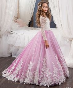Beautiful Lace Appliques Flower Girl Dresses with Long Sleeves Puffy Ball gown kids evening gown first communion dress for girls