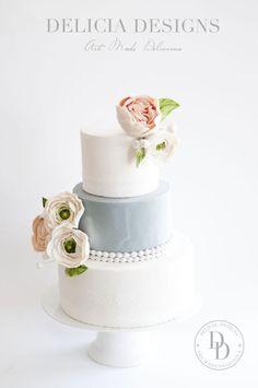 Elegant Marble Wedding Cake by Delicia Designs - http://cakesdecor.com/cakes/233665-elegant-marble-wedding-cake