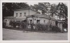Anna Vyrubova's house on Ulitsa Srednya St , walking distance to Alexander Palace - 1915. The house is still there today.