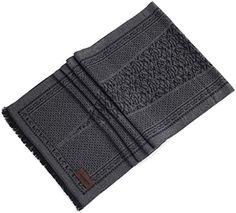 Marino Men's Exclusive Plush Soft Cashmere Feel Fashion Winter Scarf - Black /Gray Contrast Marino Avenue http://www.amazon.com/dp/B016HL8SVI/ref=cm_sw_r_pi_dp_BuOTwb0X8KH1J