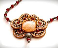 OOAK Soutache jewelry pendant Iron Cranberries por DropOfAmber